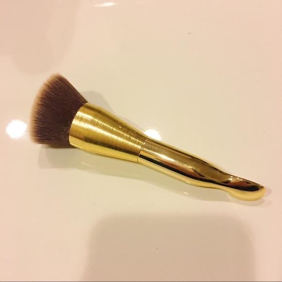 tarte makeup golden foundation brush with spatula poshmark